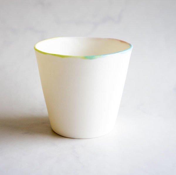 <img class='new_mark_img1' src='https://img.shop-pro.jp/img/new/icons8.gif' style='border:none;display:inline;margin:0px;padding:0px;width:auto;' />KAZUYO NAKATANI ceramics  透けるカップ