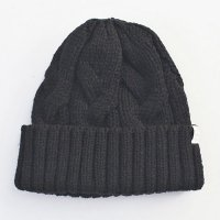 <img class='new_mark_img1' src='https://img.shop-pro.jp/img/new/icons49.gif' style='border:none;display:inline;margin:0px;padding:0px;width:auto;' />VICTIM - ×CA4LA CABLE KNIT CAP