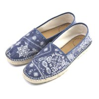 <img class='new_mark_img1' src='https://img.shop-pro.jp/img/new/icons49.gif' style='border:none;display:inline;margin:0px;padding:0px;width:auto;' />VICTIM - PAISLEY ESPADRILLE