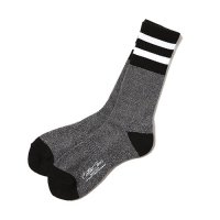<img class='new_mark_img1' src='https://img.shop-pro.jp/img/new/icons49.gif' style='border:none;display:inline;margin:0px;padding:0px;width:auto;' />CALEE - Line socks