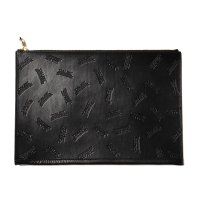 <img class='new_mark_img1' src='https://img.shop-pro.jp/img/new/icons49.gif' style='border:none;display:inline;margin:0px;padding:0px;width:auto;' />CALEE - Allover embossing clutch bag