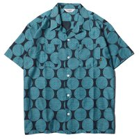 <img class='new_mark_img1' src='https://img.shop-pro.jp/img/new/icons49.gif' style='border:none;display:inline;margin:0px;padding:0px;width:auto;' />CALEE - POLKA DOT JACQUARD S/S SHIRT