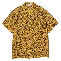 <img class='new_mark_img1' src='https://img.shop-pro.jp/img/new/icons49.gif' style='border:none;display:inline;margin:0px;padding:0px;width:auto;' />CALEE - Rayon leopard pattern shirt