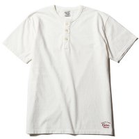 <img class='new_mark_img1' src='https://img.shop-pro.jp/img/new/icons49.gif' style='border:none;display:inline;margin:0px;padding:0px;width:auto;' />CALEE - WASHED HENLEY NECK T-SHIRT