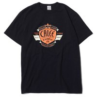 <img class='new_mark_img1' src='https://img.shop-pro.jp/img/new/icons49.gif' style='border:none;display:inline;margin:0px;padding:0px;width:auto;' />CALEE - WASHED CALEE EMBLEM T-SHIRT