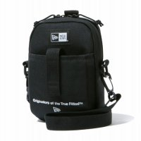 <img class='new_mark_img1' src='https://img.shop-pro.jp/img/new/icons49.gif' style='border:none;display:inline;margin:0px;padding:0px;width:auto;' />NEWERA - SHOULDER POUCH ORIGINATOR