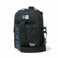 <img class='new_mark_img1' src='https://img.shop-pro.jp/img/new/icons49.gif' style='border:none;display:inline;margin:0px;padding:0px;width:auto;' />NEWERA - SHOULDER POUCH