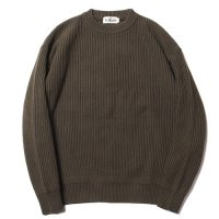 <img class='new_mark_img1' src='https://img.shop-pro.jp/img/new/icons49.gif' style='border:none;display:inline;margin:0px;padding:0px;width:auto;' />CALEE - CREW NECK KNIT SWEATER