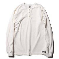 <img class='new_mark_img1' src='https://img.shop-pro.jp/img/new/icons49.gif' style='border:none;display:inline;margin:0px;padding:0px;width:auto;' />CALEE - Velour L/S henley neck t-shirt