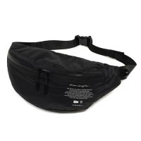 <img class='new_mark_img1' src='https://img.shop-pro.jp/img/new/icons49.gif' style='border:none;display:inline;margin:0px;padding:0px;width:auto;' />GARNI - DC WATERPROOF BODY BAG
