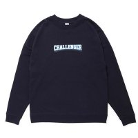 <img class='new_mark_img1' src='https://img.shop-pro.jp/img/new/icons5.gif' style='border:none;display:inline;margin:0px;padding:0px;width:auto;' />CHALLENGER - COLLEGE LOGO C/N SWEAT