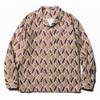 <img class='new_mark_img1' src='https://img.shop-pro.jp/img/new/icons49.gif' style='border:none;display:inline;margin:0px;padding:0px;width:auto;' />CALEE - Allover paisley pattern L/S shirt