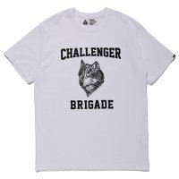 <img class='new_mark_img1' src='https://img.shop-pro.jp/img/new/icons5.gif' style='border:none;display:inline;margin:0px;padding:0px;width:auto;' />CHALLENGER - WOLF COLLEGE TEE