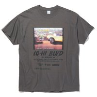 <img class='new_mark_img1' src='https://img.shop-pro.jp/img/new/icons49.gif' style='border:none;display:inline;margin:0px;padding:0px;width:auto;' />RADIALL - LO-HI CREW NECK T-SHIRT S/S