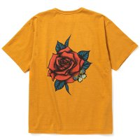 <img class='new_mark_img1' src='https://img.shop-pro.jp/img/new/icons49.gif' style='border:none;display:inline;margin:0px;padding:0px;width:auto;' />CALEE - MIHO MURAKAMI Binder neck rose vintage t-shirt