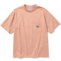 <img class='new_mark_img1' src='https://img.shop-pro.jp/img/new/icons49.gif' style='border:none;display:inline;margin:0px;padding:0px;width:auto;' />CALEE - Drop shoulder pocket S/S t-shirt