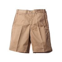 <img class='new_mark_img1' src='https://img.shop-pro.jp/img/new/icons5.gif' style='border:none;display:inline;margin:0px;padding:0px;width:auto;' />CALEE - T/C Twill chino short pants