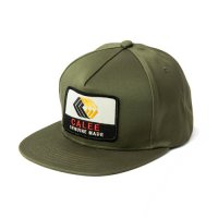 <img class='new_mark_img1' src='https://img.shop-pro.jp/img/new/icons5.gif' style='border:none;display:inline;margin:0px;padding:0px;width:auto;' />CALEE - West point calve logo wappen cap
