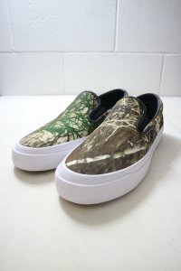 <img class='new_mark_img1' src='https://img.shop-pro.jp/img/new/icons14.gif' style='border:none;display:inline;margin:0px;padding:0px;width:auto;' />【CONVERSE】コンバース CONS REAL TREE ONE STAR CC SLIP PRO 日本未発売モデル (Black/Brown/White)