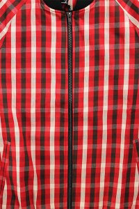 <img class='new_mark_img1' src='https://img.shop-pro.jp/img/new/icons16.gif' style='border:none;display:inline;margin:0px;padding:0px;width:auto;' />BLACK KAVIAR TARTAN CHECK JACKET 【RED/BLK】