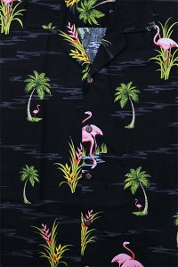 <img class='new_mark_img1' src='https://img.shop-pro.jp/img/new/icons16.gif' style='border:none;display:inline;margin:0px;padding:0px;width:auto;' />PACIFIC LEGEND S/S ALOHA SHIRTS FLAMINGO 2【BLK】