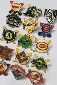 DEADSTOCK MLB PINS 01 【AST】