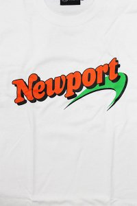 <img class='new_mark_img1' src='https://img.shop-pro.jp/img/new/icons16.gif' style='border:none;display:inline;margin:0px;padding:0px;width:auto;' />THE FINEST NEWPORT L/S TEE【WHT】