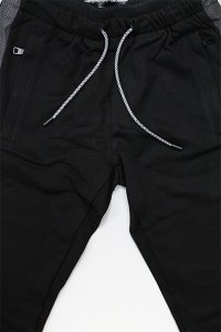 <img class='new_mark_img1' src='https://img.shop-pro.jp/img/new/icons16.gif' style='border:none;display:inline;margin:0px;padding:0px;width:auto;' />GODSPEED THANDER SWEAT JOGGER PANTS 【BLK/BLK】