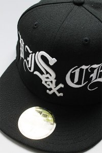<img class='new_mark_img1' src='https://img.shop-pro.jp/img/new/icons16.gif' style='border:none;display:inline;margin:0px;padding:0px;width:auto;' />CANT CLOTHING CUSTOM NEWERA 59fifty WHITE SOX【BLK/WHT】