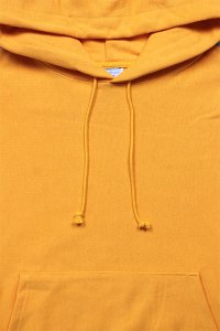 Champion REVERSE WEAVE PULL HOODIE 【GOLD YELLOW】