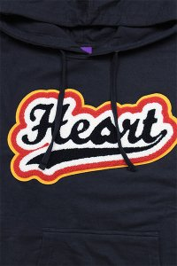 <img class='new_mark_img1' src='https://img.shop-pro.jp/img/new/icons16.gif' style='border:none;display:inline;margin:0px;padding:0px;width:auto;' />HEART CLOTHING FELT LOGO HOODIE【NVY】