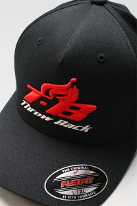 <img class='new_mark_img1' src='https://img.shop-pro.jp/img/new/icons16.gif' style='border:none;display:inline;margin:0px;padding:0px;width:auto;' />THROWBACK 2000 T BLAZE CAP 【BLK/RED】