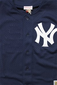 <img class='new_mark_img1' src='https://img.shop-pro.jp/img/new/icons16.gif' style='border:none;display:inline;margin:0px;padding:0px;width:auto;' />MITCHELL&NESS AUTHENTIC BATTING BASEBALL JERSEY YANKEES【NVY】