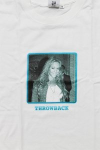 <img class='new_mark_img1' src='https://img.shop-pro.jp/img/new/icons16.gif' style='border:none;display:inline;margin:0px;padding:0px;width:auto;' />THROWBACK 2000 MARIAH S/S TEE 【WHT】