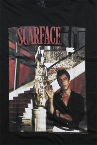 SCARFACE OFFICIAL S/S TEE STATUE STAIRS【BLK】