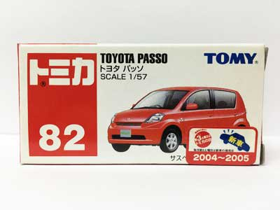 トミカ NO.82 トヨタ パッソ(中国製)