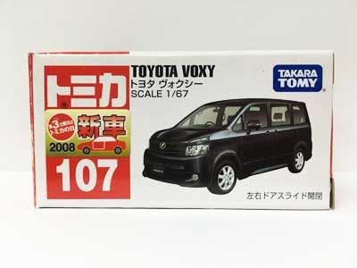 トミカ NO.107 トヨタ ヴォクシー(中国製)