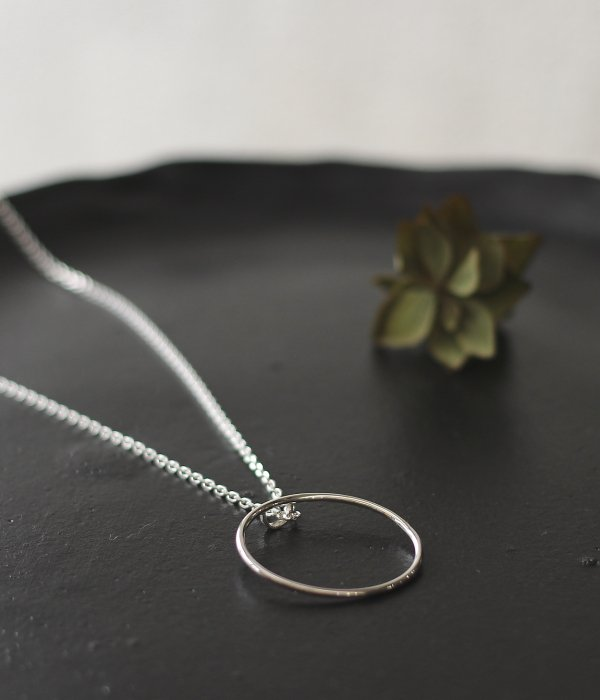 <img class='new_mark_img1' src='https://img.shop-pro.jp/img/new/icons5.gif' style='border:none;display:inline;margin:0px;padding:0px;width:auto;' />【maruco】 maru NECKLACE(丸)