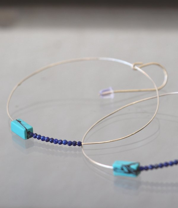 <img class='new_mark_img1' src='https://img.shop-pro.jp/img/new/icons5.gif' style='border:none;display:inline;margin:0px;padding:0px;width:auto;' />【maruco Wire Line】 TURQUOISE PIERCED EARRINGS