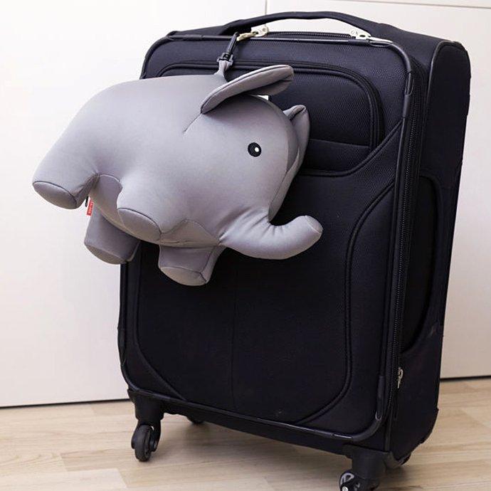 119914354 KIKKERLAND / Zip & Flip Elephant Pillow ジップ&フリップエレファントピロー<img class='new_mark_img2' src='https://img.shop-pro.jp/img/new/icons47.gif' style='border:none;display:inline;margin:0px;padding:0px;width:auto;' /> 02