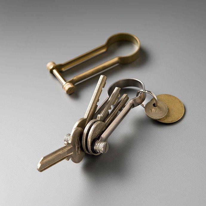 135274980 CANDY DESIGN & WORKS / Roman CHW-02 キーリング - Brass 02