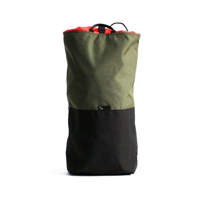 145408075 BRAASI INDUSTRY / TEKLA ALPINIST - 20L Olive 耐水バックパック 01