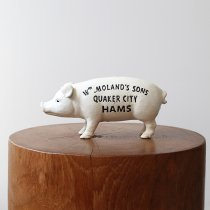 Hams Standing Pig Bank - White ハムズスタンディングピッグバンク<img class='new_mark_img2' src='https://img.shop-pro.jp/img/new/icons47.gif' style='border:none;display:inline;margin:0px;padding:0px;width:auto;' />
