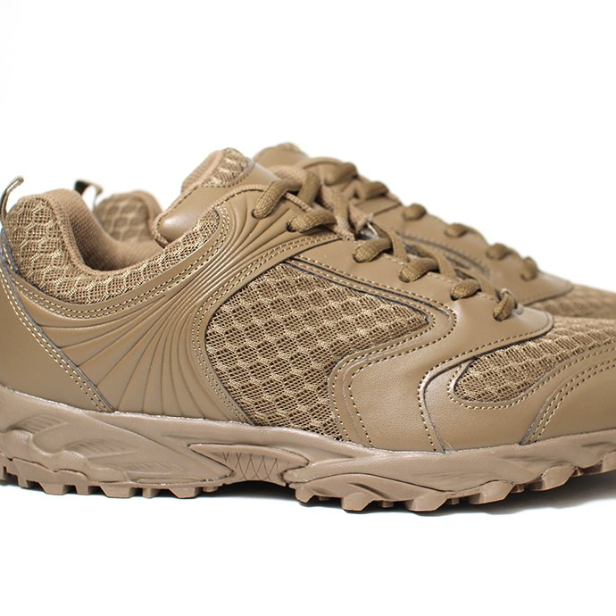 149164410 MIL-TEC / GERMAN STYLE OUTDOOR SHOES - Coyote<img class='new_mark_img2' src='https://img.shop-pro.jp/img/new/icons20.gif' style='border:none;display:inline;margin:0px;padding:0px;width:auto;' /> 02