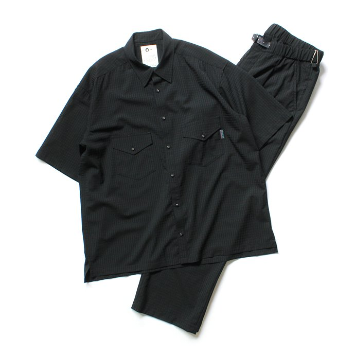 151863057 O-(オー)/ EASY TROUSERS イージートラウザーズ 20S-09 - Black Plaid<img class='new_mark_img2' src='https://img.shop-pro.jp/img/new/icons20.gif' style='border:none;display:inline;margin:0px;padding:0px;width:auto;' /> 02