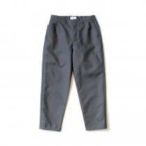 STILL BY HAND / PT02203 コットンダブルクロス テーパードパンツ - Slate Grey<img class='new_mark_img2' src='https://img.shop-pro.jp/img/new/icons20.gif' style='border:none;display:inline;margin:0px;padding:0px;width:auto;' />