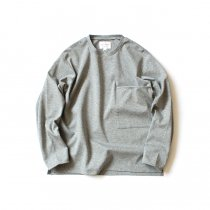STILL BY HAND / CS03203 ポンチ素材 ビッグポケットカットソー - Grey<img class='new_mark_img2' src='https://img.shop-pro.jp/img/new/icons20.gif' style='border:none;display:inline;margin:0px;padding:0px;width:auto;' />