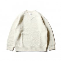STILL BY HAND / KN05204 アルパカ混Vネックセーター - Off White<img class='new_mark_img2' src='https://img.shop-pro.jp/img/new/icons20.gif' style='border:none;display:inline;margin:0px;padding:0px;width:auto;' />