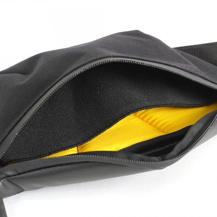 157325170 GUD / Waist Bag 3.0 - Black ウエストバッグ3.0 ブラック 02