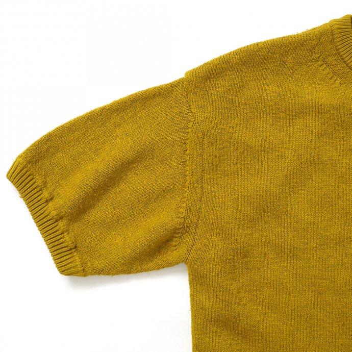 158730638 crepuscule / 2101-004 GARMENT DYE S/S - Mustard ガーメントダイ半袖ニット マスタード 02
